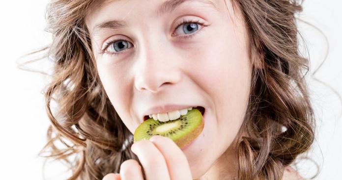 Benefits of Eating The Kiwi Fruit Skin